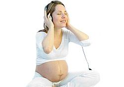 Le chant prénatal pour accueillir bébé en musique !