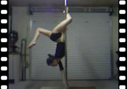 Vidéo : Optez pour la Pole Dance pour maigrir des cuisses !