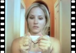 Vidéo : Le moment fatidique du test de grossesse